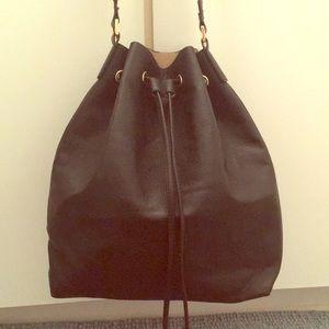 Black H&M bucket bag